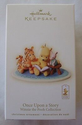 Hallmark 2008 Once Upon Story Winnie The Pooh Piglet Reading Christmas Ornament