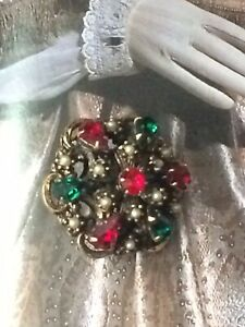 Vintage-Art-Deco-Brooch-40s-Czech-Filigree-Ruby-Emerald-Pearl-Glass-Gold-Tone