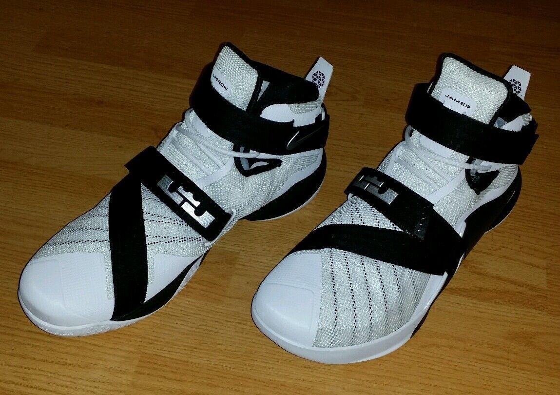 Mens Nike Lebron James Zoom Soldier IX TB shoes Size 17 (813264-100)