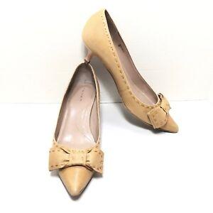 6013f11f39f Details about Women s TAHARI Buff Brown Leather Bow Toe Medium Kitten Heel  Pumps Size 7 M