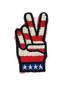 Vintage-Vietnam-War-Peace-Symbol-Sign-Hand-Fingers-Flag-American-Original-Patch