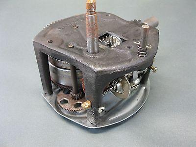 Grammophon Motor Ersatzmotor für Grammofon neuwertig  doppelte Feder 11 cm