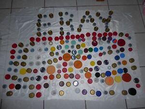 Plastic bottle Caps Lot of 1000 clean Assorted arts Crafts Scrapbooking lids