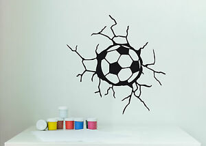 wandaufkleber fu ball in der wand kinderzimmer junge sport fussball wandtattoo ebay. Black Bedroom Furniture Sets. Home Design Ideas