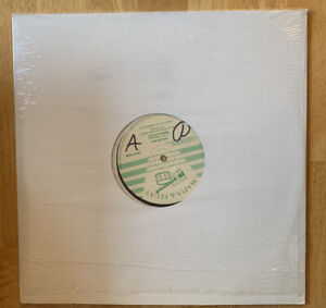 USED-Gregory-Isaacs-Lady-On-The-Frontline-LP-Vinyl-Record-F