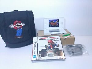 Nintendo-DS-Lite-White-Handheld-Console-New-Mario-Kart-Charger-Stylus-New-Case