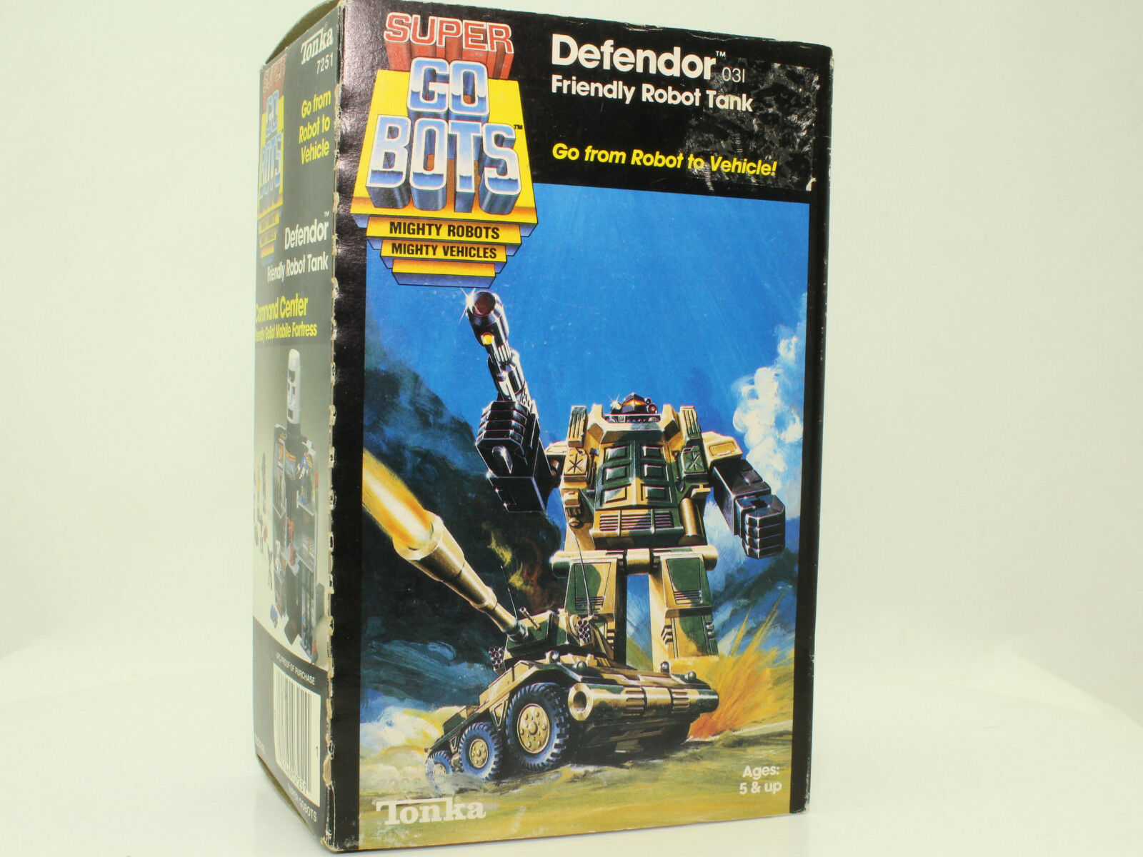 Tonka 7251 SUPER GO BOTS Defendor Tank 1984 - used