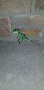 The Lost World Jurassic Park Tyrannosaurus rex T.rex baby hatchling