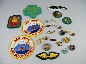 LOT OF VINTAGE GIRL SCOUT PATCHES, BADGES AND PINS SOME MAY