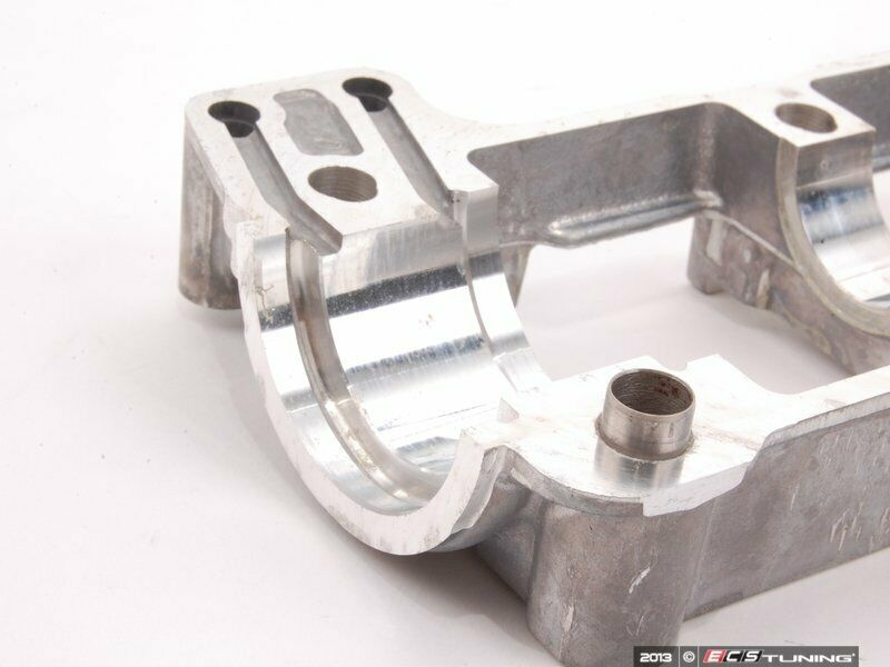 Bmw N54 Twin Turbo 6 Cylinder Intake Camshaft And Bearing Tray Ledge 2006 2011 For Sale Online Ebay
