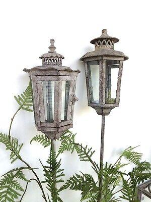 Windlicht, Laterne als Nostalgie-Beetstecker- filigrane Lampe mit antik Charme