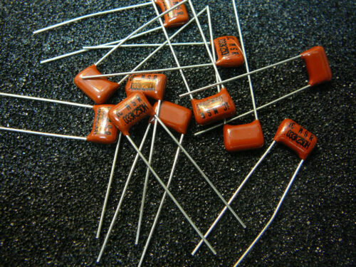 ILLINOIS CAPACITOR Metallized Polyester Film 0.033uF 250V 10/%  ***NEW*** Qty.10