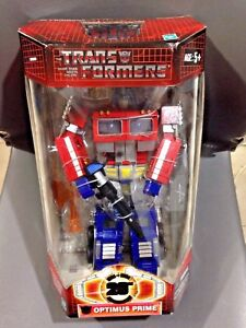 Hasbro Transformers Classics: Optimus Prime pour son 20ème anniversaire