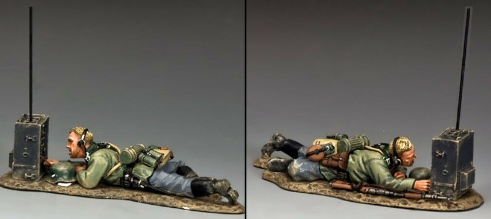 KING & COUNTRY WW2 GERMAN ARMY WS236 PRONE RADIOMAN MIB