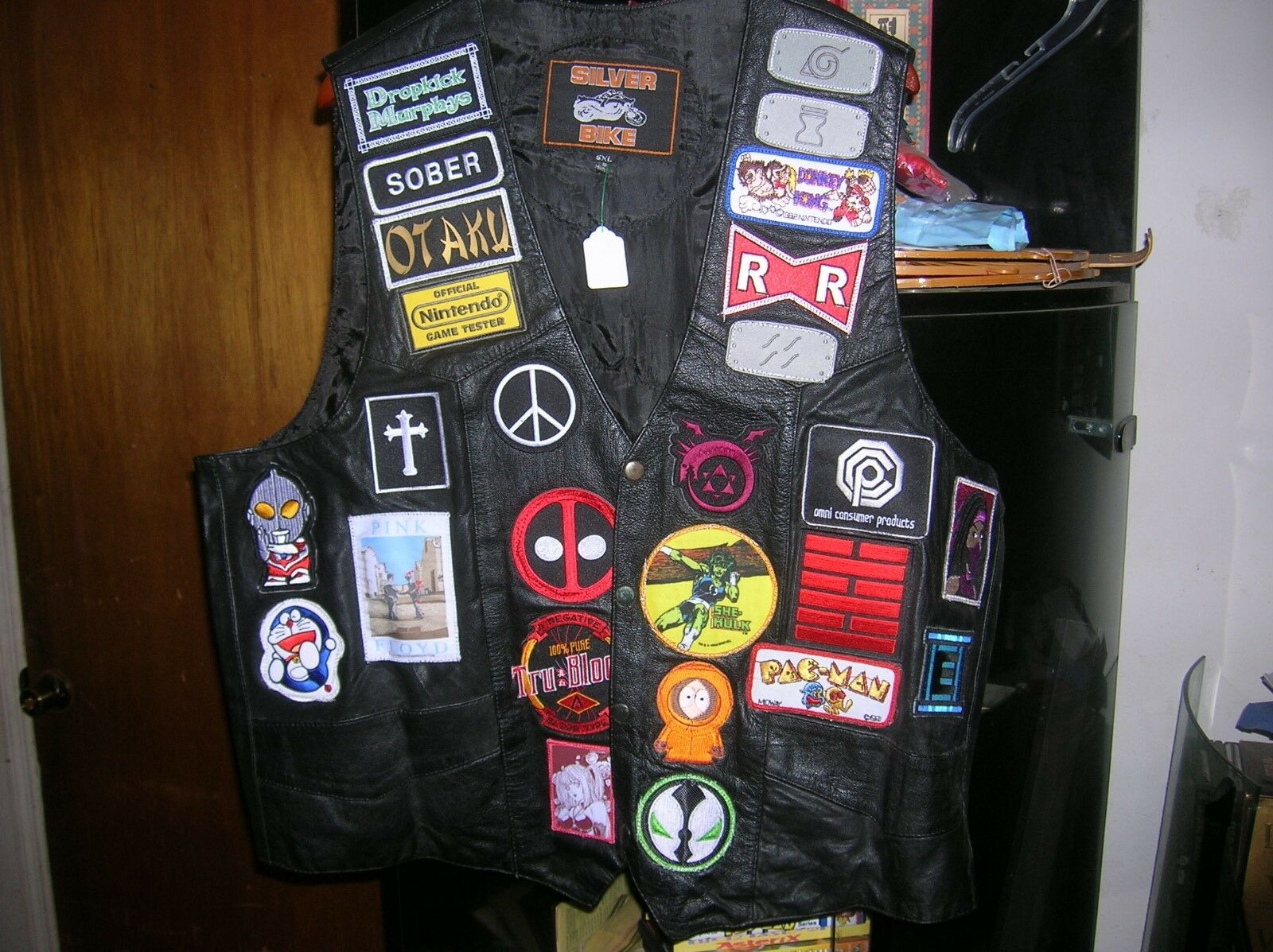 Brand New Anime, Video Game, Comic Book, Leather DIY Vest, Must See, Deadpool