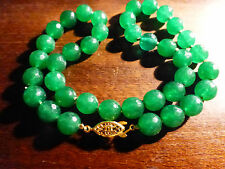 COLLIER DE PERLES FACETTEES  EN PIERRE DE JADE