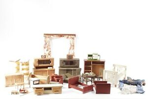 Large-Convolute-Age-Dolls-Furniture-Bed-Wardrobe-Table-Curtains-And-Much-Mehr