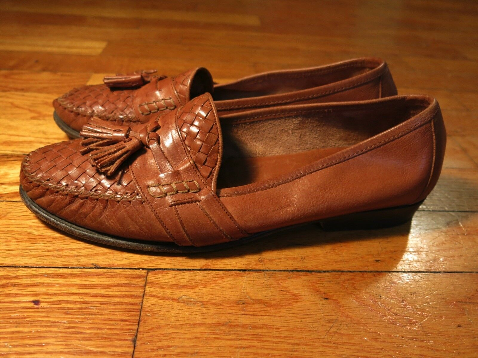 Cole Haan Men's 9 D Made in  Brown Tan Leather Woven Tassel Loafers