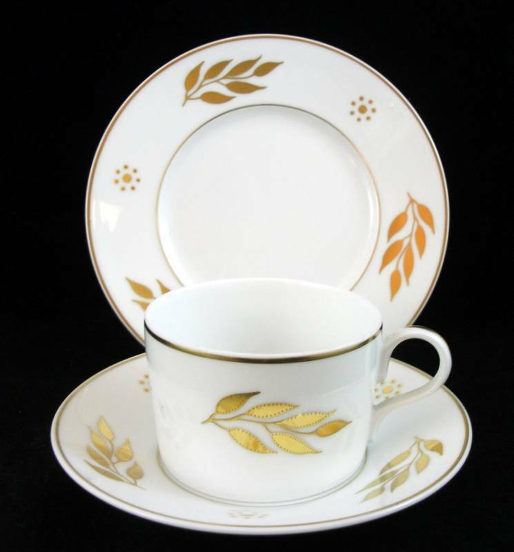 J.L. Coquet IMPERIAL Trio Bread & Butter + Tasse & Soucoupe Showroom inventaire