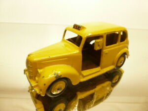 DINKY TOYS 40H AUSTIN TAXI - YELLOW 1:43? - VERY GOOD CONDITION