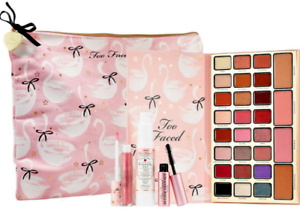 Too-Faced-Dream-Queen-Limited-Edition-Make-Up-NIB-Holidays-2018-Gift-Set