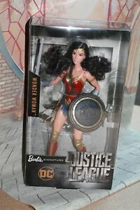 Barbie Wonder Woman Justice League Nrfb 2017