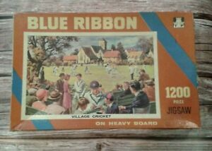 VINTAGE-ruban-bleu-1200-Piece-Jigsaw-Puzzle-Village-de-Cricket