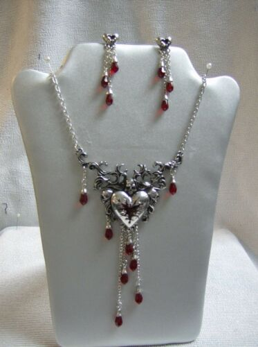 Alchemy Gothic pendant necklace and earring set in pewter Bleeding Heart