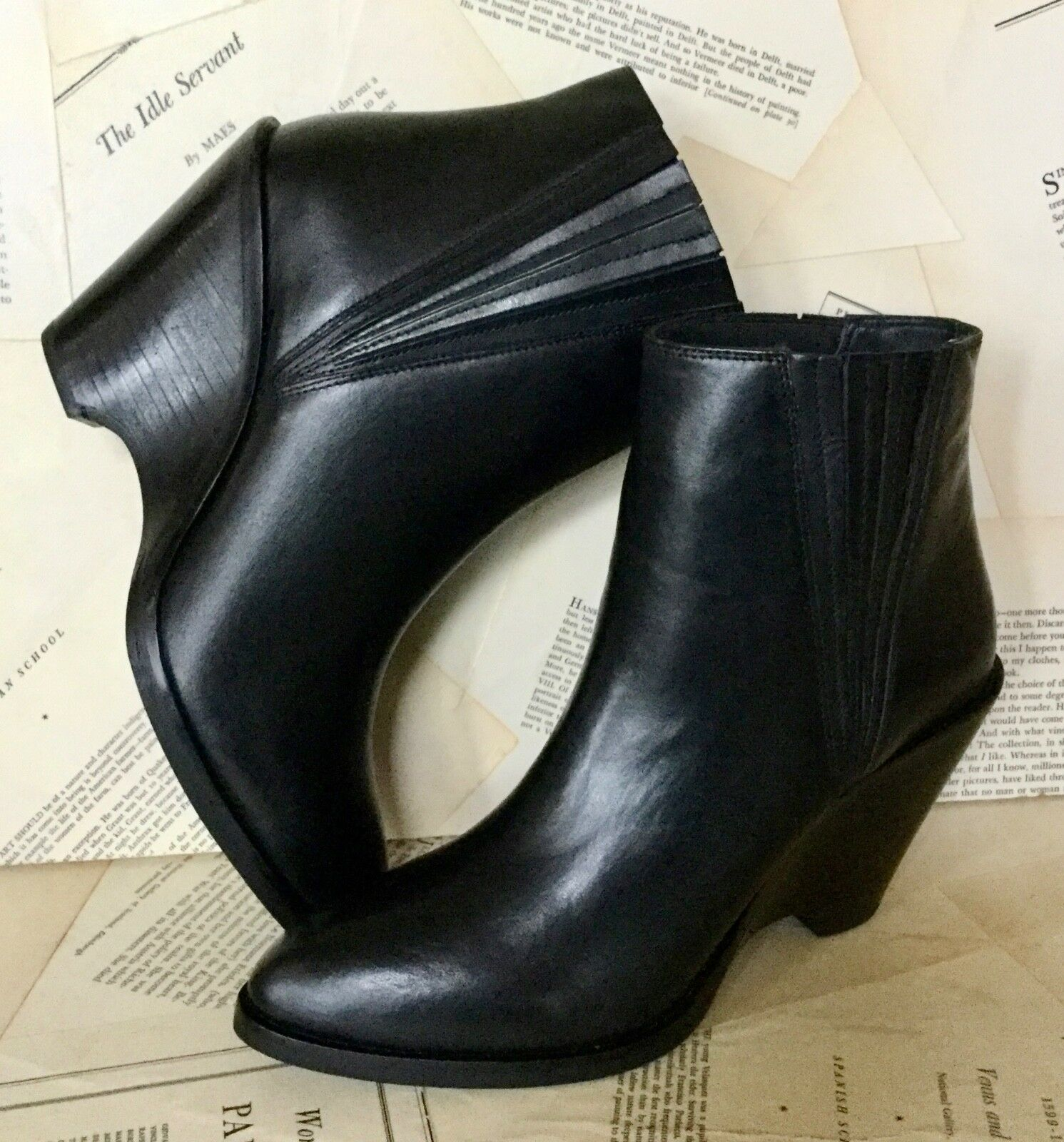 NEW Free People Sey black Leather Wedge Pull On Pointy Toe Chelsea Boots 10