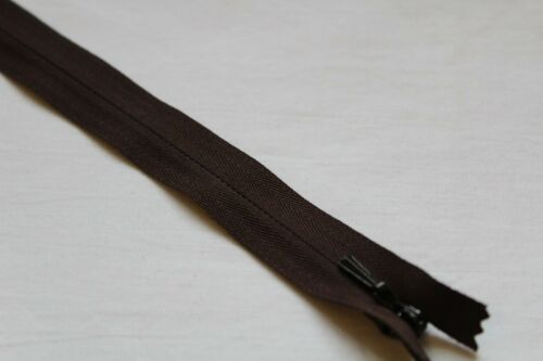 Concealed Zip 16 Inches
