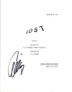 Evangeline-Lilly-Signed-Autographed-LOST-Pilot-Episode-Script-COA