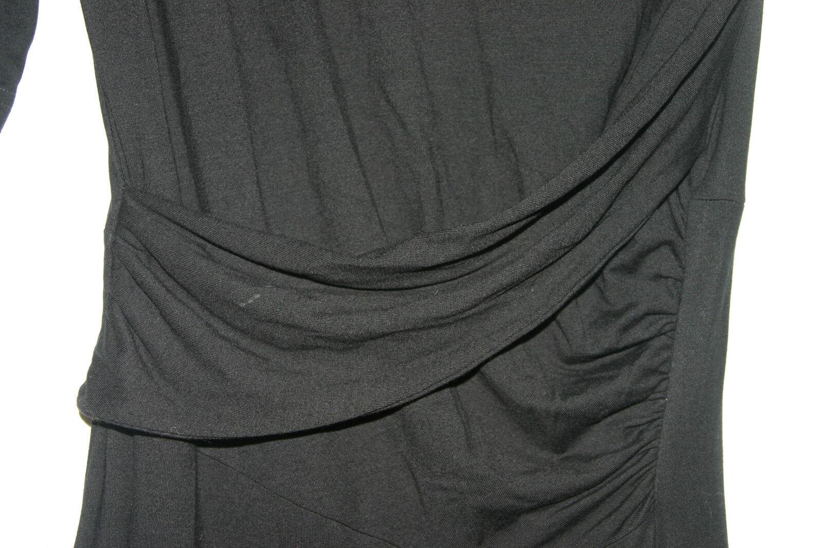 Vivienne Westwood Anglomania Vestido Negro con  cuello rojoondo, Envoltura Frente, Abertura-Med  encuentra tu favorito aquí