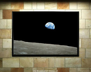 Earthrise - Apollo 8 Photograph of Earth from Moon [6 sizes, matte+glossy avail]