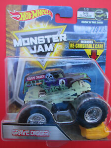 HOT-WHEELS-MONSTER-JAM-2017-NITE-GLOW-CAGE-GRAVE-DIGGER-RE-CRUSHABLE-CAR-VHTF
