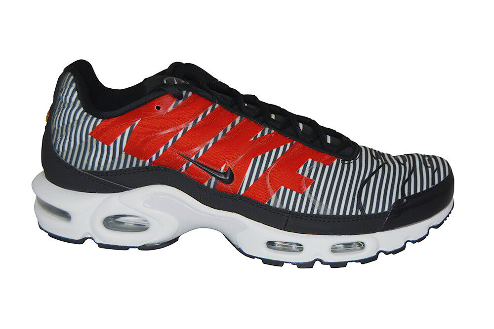 Mens Nike Air Max Plus TN SE - AT0040001 - Black White Pure Platinum