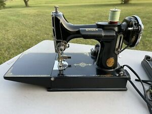 Vintage 1940 Singer, 221k, Featherweight Sewing Machine with Case & Accessories