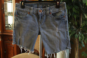GUESS-Classic-SHORTS-Womens-Denim-Jeans-Size-28-LIGHT-WASH-CUT-OFFS