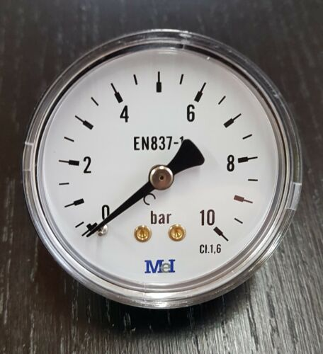 Manomètre axial D 50mm 0 à 10 bar raccord arrière 1//4 8x13