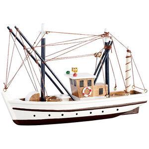 Schiffsmodell-40-teiliger-Schiff-Bausatz-Fischkutter-aus-Holz-Modell