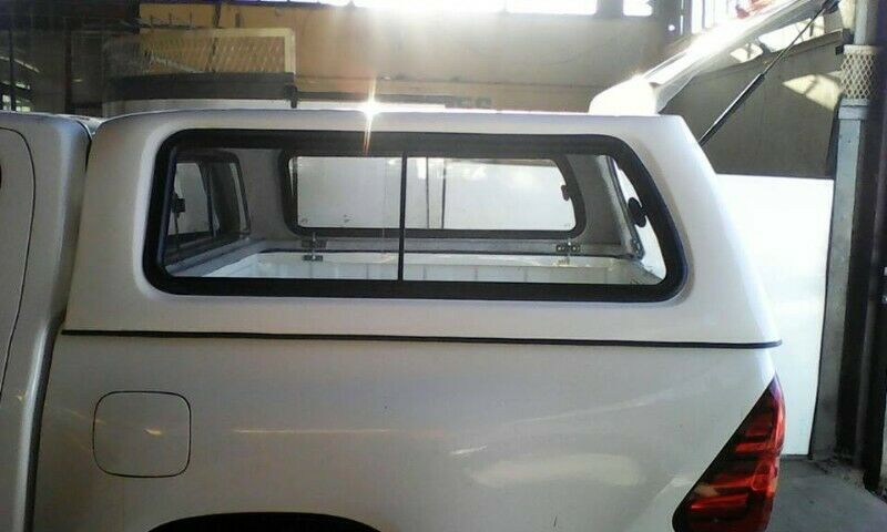 2021 Toyota Hilux Bakkie Brand New Double cab Gc Canopy for sale!!