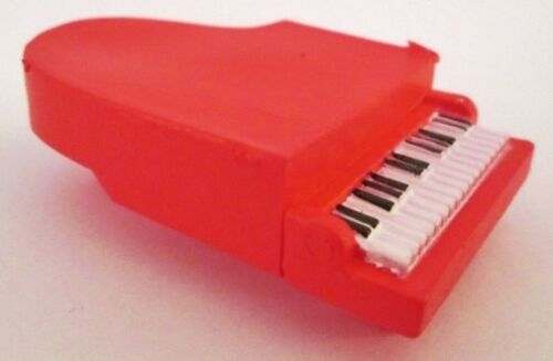 SCHROEDER RED PIANO Peanuts CHARLIE BROWN Snoopy PVC TOY FIGURE Figurine MUSIC!