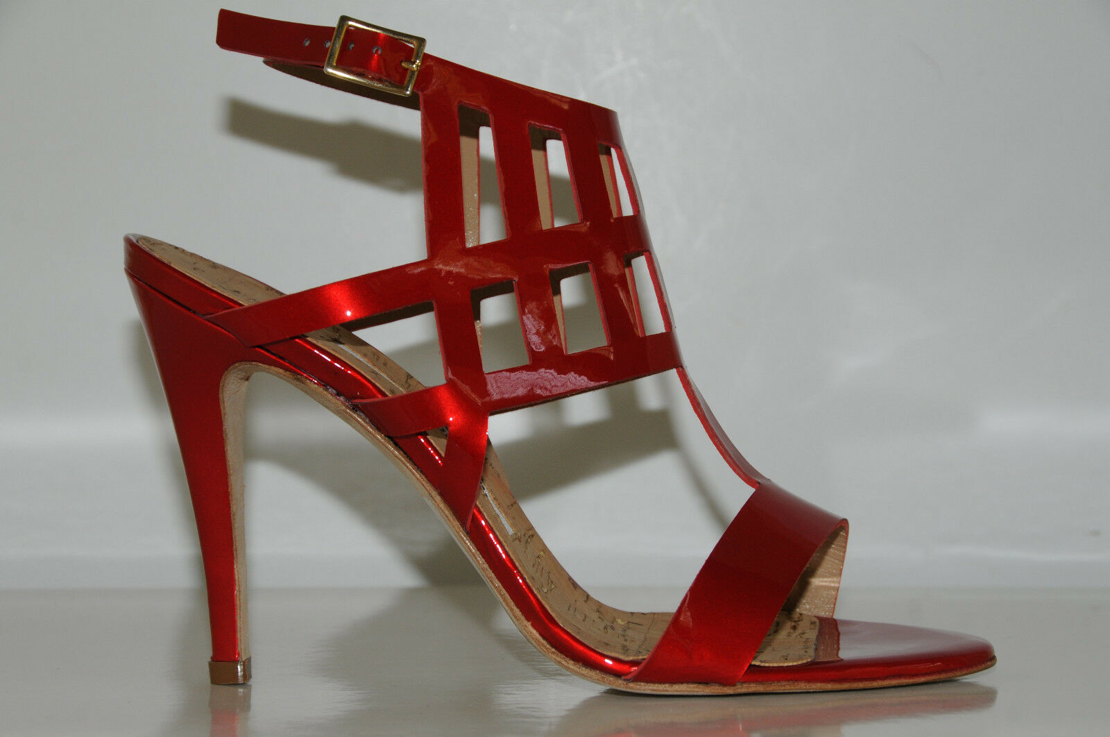 $1070  New MANOLO BLAHNIK CUASANDA ROT PATENT SANDALS SHOES  HEELS 38  8  SHOES 7.5 a62f91