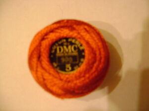 une-boule-coton-perle-DMC-grosseur-N-5-coloris-N-900-article-116-nuancier-DMC