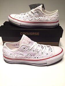 converse chuck taylor womens size 9