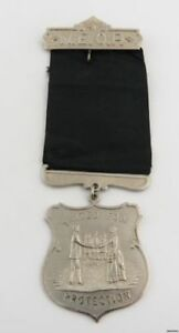 New-England-Order-of-Protection-NEOP-Shield-Medal-Society-Vintage-Jewel