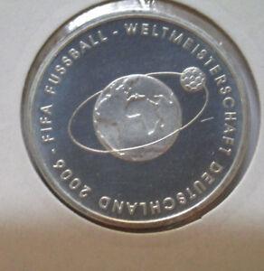 10-Euro-Silbermuenze-FIFA-Fussball-Weltmeisterschaft-Deutschland-2-Ausgabe-2004