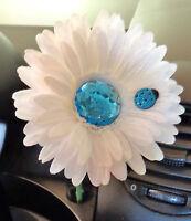 Vw Beetle Flower - White And Light Blue Bling Daisy