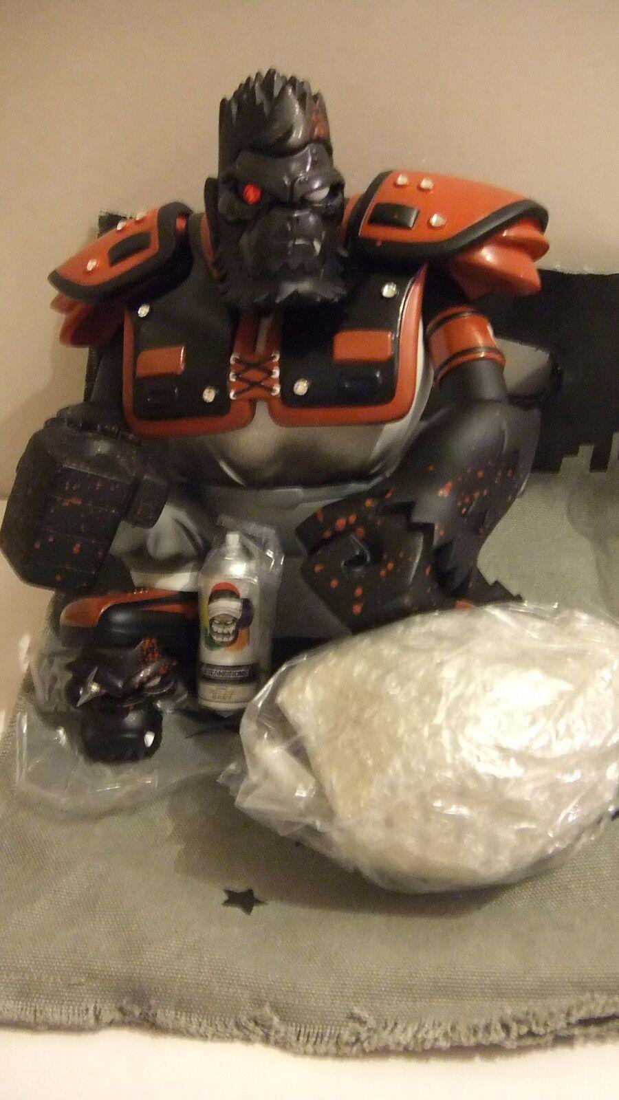 Tim Tsui Da Warrior DateamBronx Red mega rare Blood Diamond Ed. Kidrobot dunny