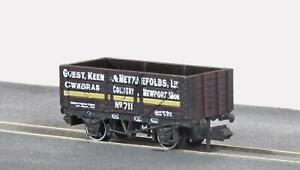 Peco-NR-P411-N-Gauge-7-Plank-Wagon-Guesty-Keen-amp-Nettlefolds-Ltd