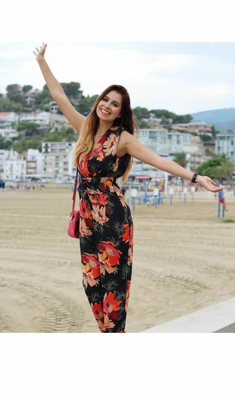 Zara Floral Print Jumpsuit Size MEDIUM BNWT